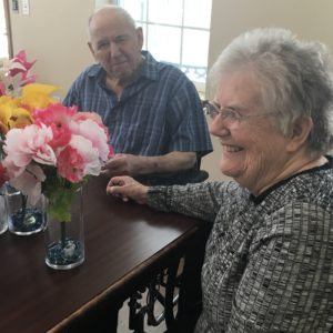 Azura of Wausau residents enjoy INNOVATIVE spring activity.